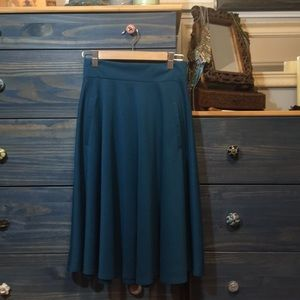 H&M rich teal circle skirt, heavy poodle skirt fit